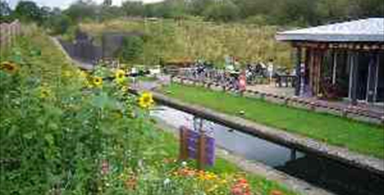 Hollingwood Hub, Chesterfield Canal