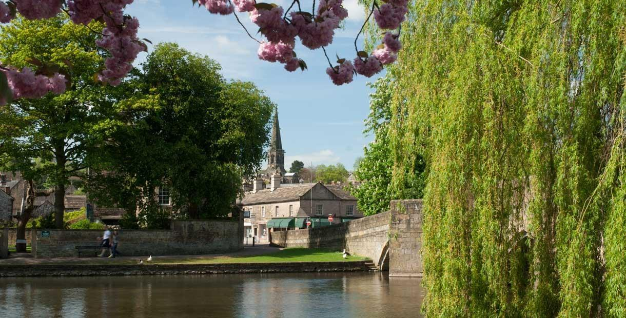 Days out by bus from Chesterfield - Bakewell