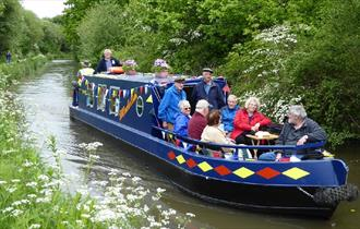 Chesterfield Canal Cruises at Hollingwood Hub