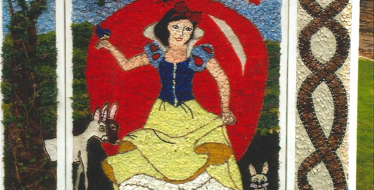 Old Whittington Well Dressing